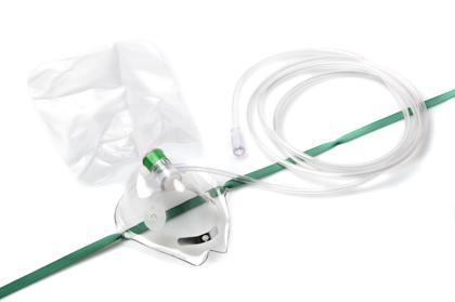 Masker (volwassenen) met zak van Salter Labs. Art.nr E-8140 (per 5 stuks verpakt)